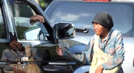 Mengasihi Rakyat Miskin
