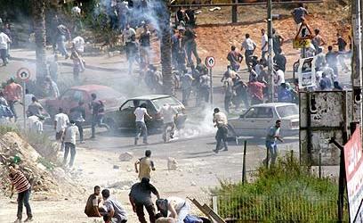 Polisi Israel Tangkap 72 Warga Palestina di Al-Quds
