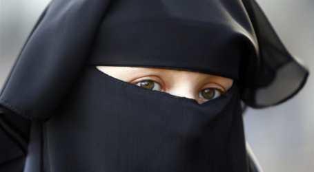 Larangan Niqab di Quebec Akan Dibatalkan