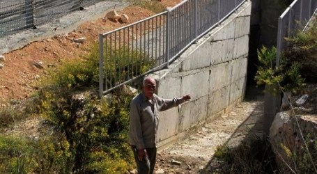 Israel Dirikan Pagar Besi di Pintu Kuburan Palestina