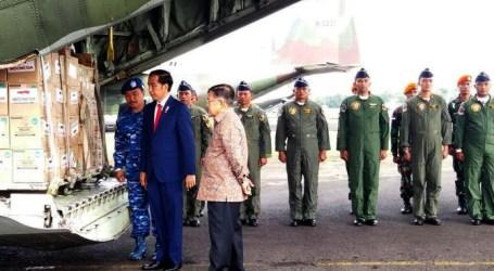 Jokowi Lepas Bantuan Kemanusiaan untuk Pengungsi Rohingya