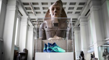 Sepatu Mohamed Salah Jadi Koleksi Museum Inggris