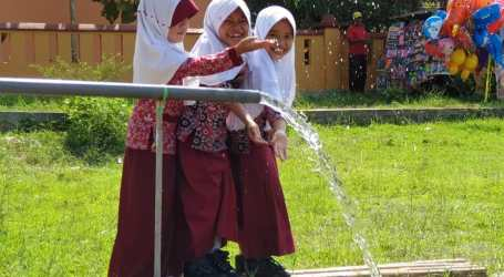 Sumur Bor Bantu Aliri Daerah Sulit Air di Banyumas