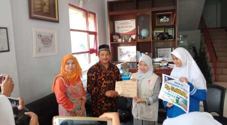 Sekolah Islam Taman Harapan Bantu Korban Tsunami Melalui MER-C