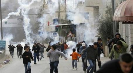 30 Siswa Terluka Akibat Serangan Pemukim dan Pasukan Israel