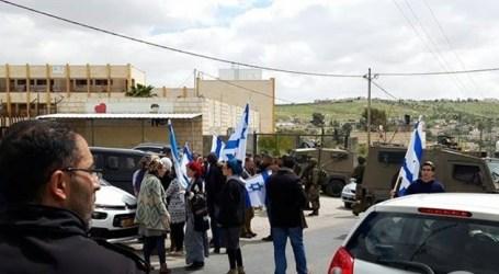 Pemukim Israel Serang Dua Sekolah Dasar di Tepi Barat