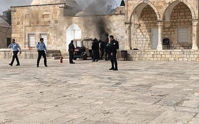 Polisi Israel Buka Kembali Kompleks Al-Aqsa Rabu
