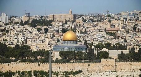 Ratusan Anak Palestina Ikuti Kampanye Hari Pembersihan Dunia