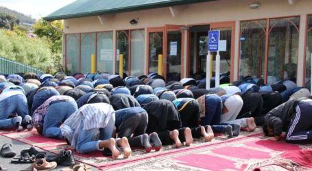 Jamaah Masjid Hobart Australia Luber Hingga Parkiran