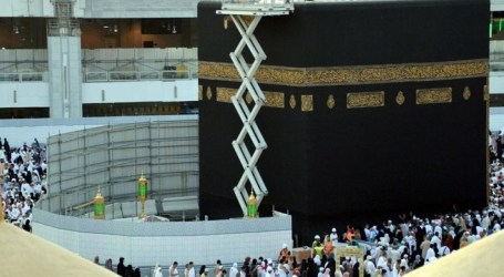 Saudi Lakukan Pencucian Ka'bah