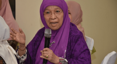 Ibadah Haji Meneguhkan Ikrar Hidup Halal – Bag. 2 (Prof. Khuzaemah T. Yanggo)