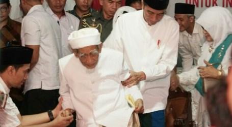 Presiden Jokowi Berbela Sungkawa atas Wafatnya Mbah Moen