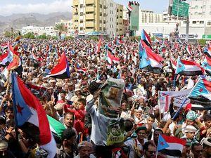 Ribuan Warga Yaman di Aden Tuntut Kemerdekaan Bagi Selatan