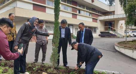 Anggota BKSAP DPR-RI Tanam Pohon di Ethiopia