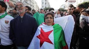 Puluhan Ribu Warga Aljazair Protes Presiden Baru