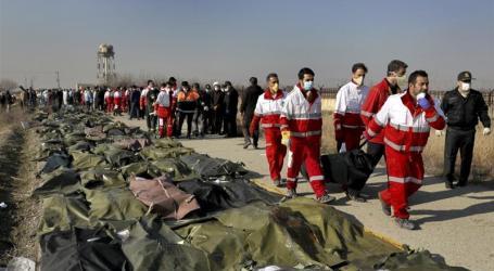 """Iran Umumkan Militernya """"Tidak Sengaja"""" Tembak Pesawat Ukraina"""