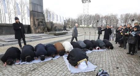 Puluhan Ulama Islam dan Yahudi Kunjungi Situs Kamp Kematian Nazi di Auschwitz