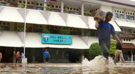 Sebanyak 290 Sekolah dan 8.420 Siswa di Jakarta Terdampak Banjir
