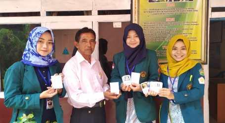 SD 1 Wonoharjo Tanggamus Terima Smartcard Edukasi Karya Mahasiswa KKN Unila