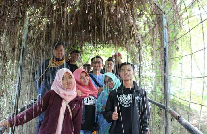 Taman satwa kandi