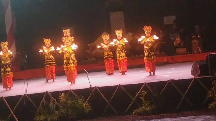 Tarian daerah Minangkabau