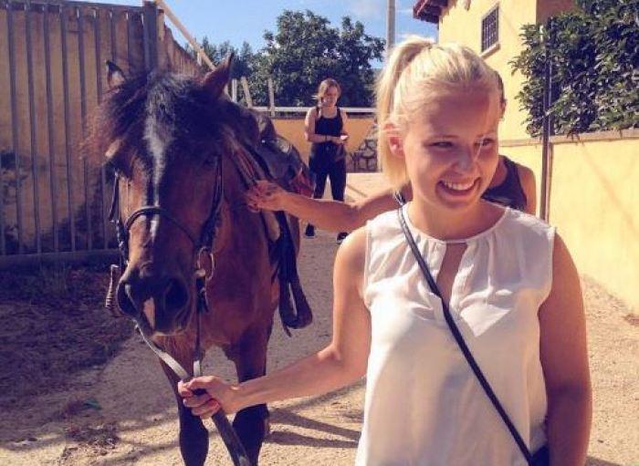 wine tour with horseback riding