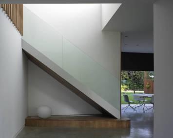 H-OldOak-020-Stair-Detail
