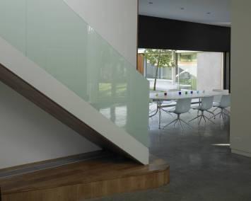 H-OldOak-021-Stair-Detail