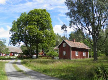 Två av gårdarna i dagens Lilla Bråared