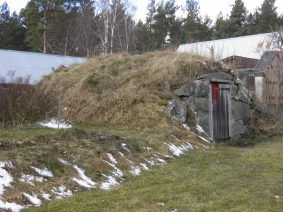 Äldre jordkällare i Brobacka soldatboställe under Ingemarstorp (Agnetorp) där soldat 894 Jean Tiberg levde.