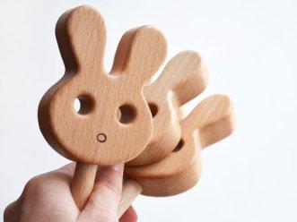 jouet en bois bébé lapin