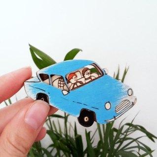 pins-flyingcar-hp