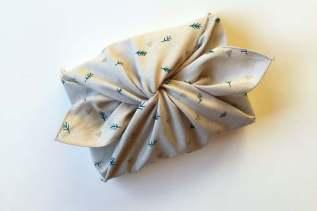 Furoshiki - emballage cadeaux réutilisable en tissu