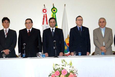 Aécio Neves participa do encontro de secretários de segurança de todo o pais que acontece em BH