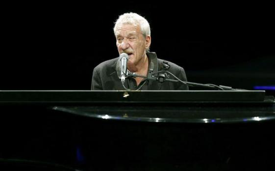 Paolo Conte during a concert in Barcelona