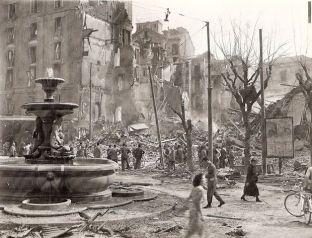 Milano-Piazza-Fontana-bombardamento