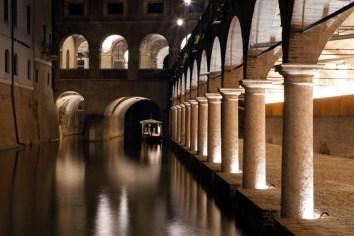 La-nuova-illuminazione-delle-Pescherie-di-Giulio-Romano-a-Mantova-foto-Gaia-Cambiaggi-