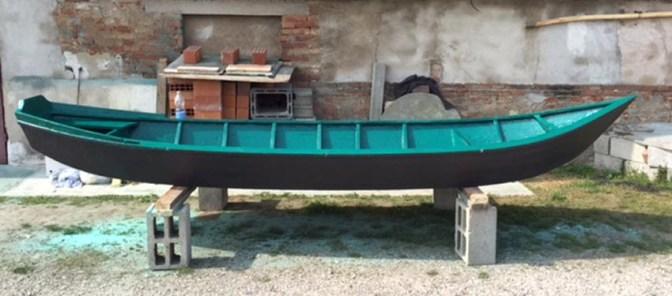 fase di riparazione della barca.2