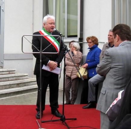 inaugurazione asilo nido - Gianni Chizzoni Sindaco di Rodigo.jpg