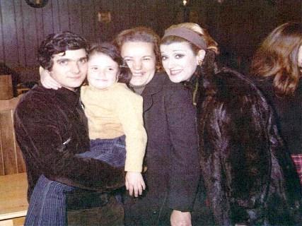 Nelia Frascari con Lia Zoppelli, il marito e il figlio
