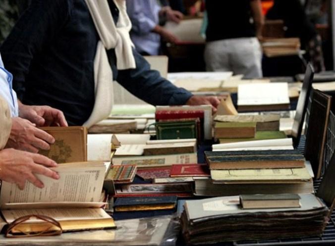 viaggio tra i libri.jpg