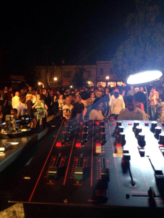 Reggiolo - piazza Martiri.jpg