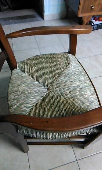 sedia impagliata da Ivan Corniani