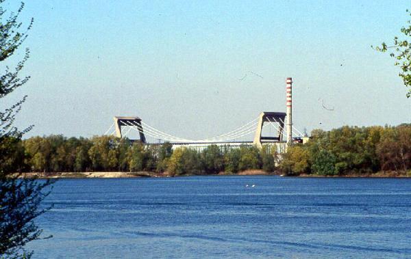 La cartiera Burgo vista dal Lago (photo lombardia beni culturali).jpg