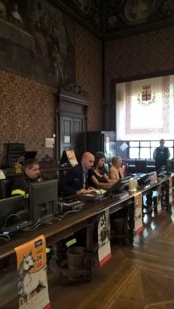 3_foto conferenza stampa.jpg