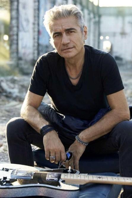 Luciano Ligabue-credito fotografico obbligatorio di Toni Thorimbert (2).jpg
