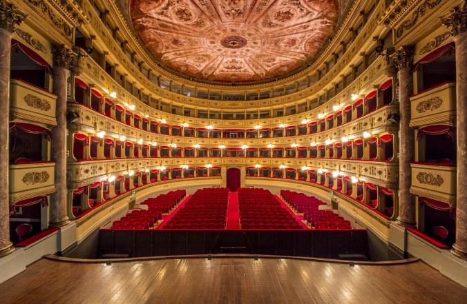 Teatro Sociale Mantova.jpg