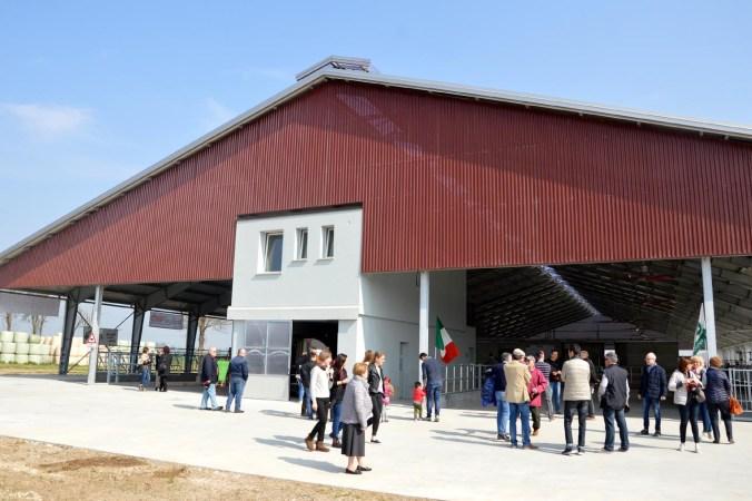 inaugurazione della nuova stalla Cortesi.jpg