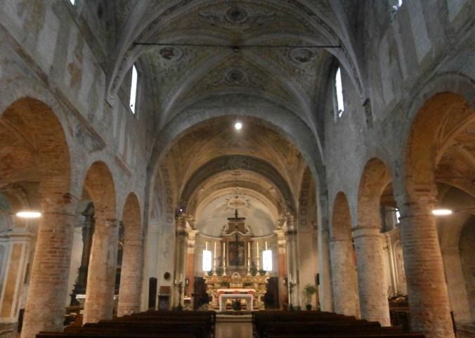 Acquanegra sul Chiese-basilica di San Tommaso apostolo.jpg