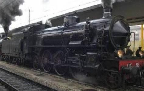 trenino storico per Porretta.jpg